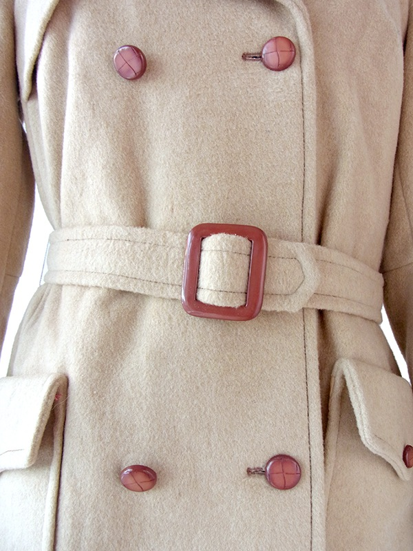 ヨーロッパ古着 ロンドン買い付け ベージュ X 大きめベルト付き ヴィンテージ メルトン コート 16BS347