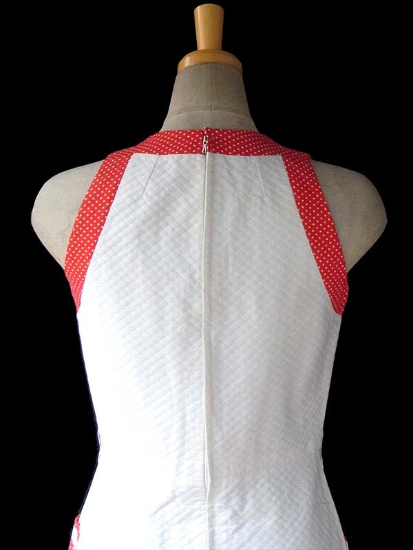 ヨーロッパ古着 フランス買い付け 60年代製 ホワイト ワッフル地 X レッド 水玉 生地切り返し ポケット付き ワンピース 16FC008