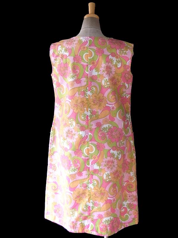 ヨーロッパ古着 フランス買い付け 60年代製 ピンクトーン X 花柄モチーフのサイケプリント レトロワンピース 16FC304