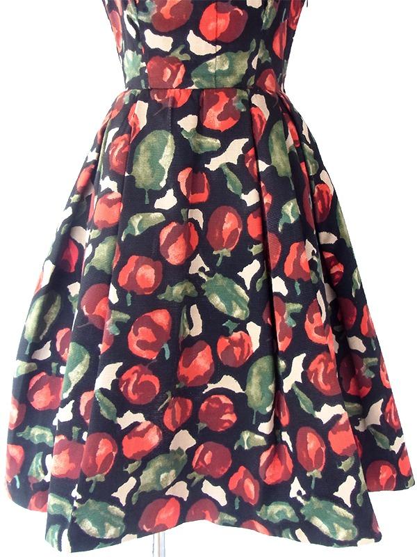 ヨーロッパ古着 ロンドン買い付け 50年代製 ブラック X レッド 林檎柄 ヴィンテージ ドレス 17BS023