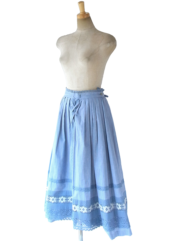 ヨーロッパ古着 ロンドン買い付け 60年代製 水色 X 組紐・レース装飾 ヴィンテージ スカート 17BS221