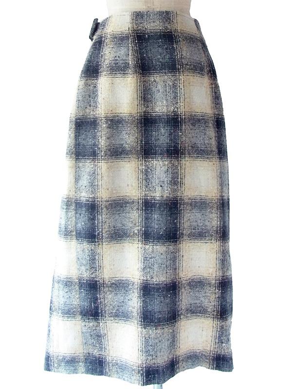 ヨーロッパ古着 フランス買い付け 60年代製 オフホワイト X ブラック チェック柄 ミックスツイード ラップスカート 17FC515