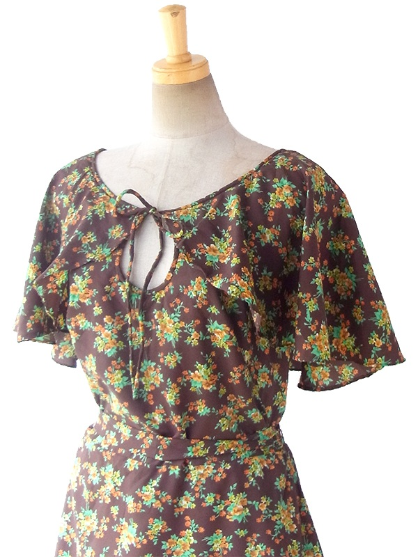 ヨーロッパ古着 ロンドン買い付け 70年代製 ブラウン X カラフル花柄 ケープカラー 共布ベルト付き ワンピース 17OM013