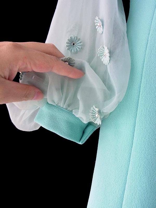 ヨーロッパ古着 ロンドン買い付け 60年代製 水色 X シフォン地袖 マーガレット装飾 ヴィンテージ ドレス 17OM817