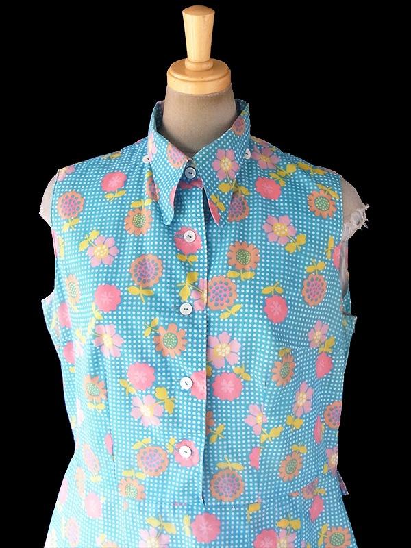 ヨーロッパ古着 ロンドン買い付け 70年代製 水色 X カラフル花柄・ホワイト水玉 着脱可能なネクタイ付き ワンピース 18BS124