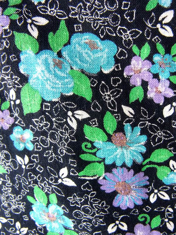 ヨーロッパ古着 フランス買い付け 60年代製 ブラック X 花柄プリント 美しいプリーツ ヴィンテージ ワンピース 18FC105