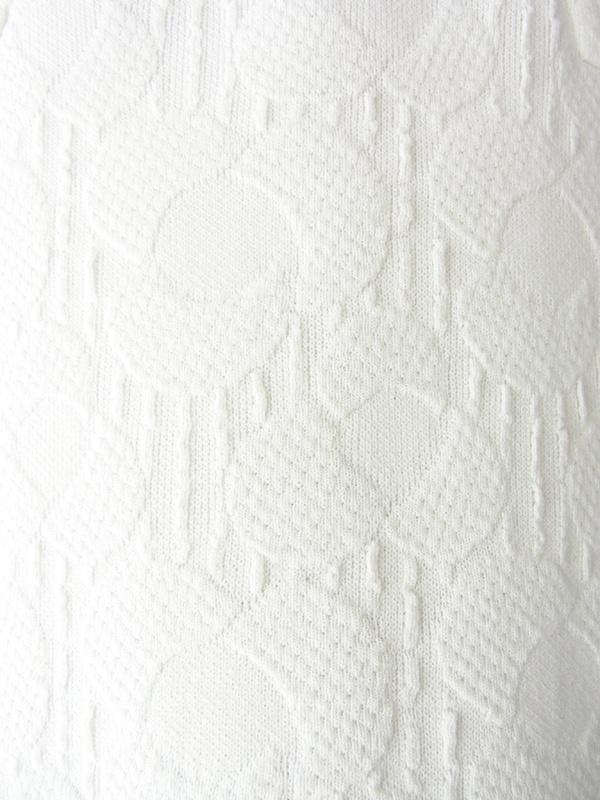 【送料無料】70年代フランス製 ホワイト X 花柄の型押し生地 シームデザイン ワンピース 18FC206【ヨーロッパ古着】