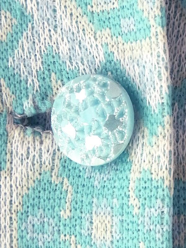 ヨーロッパ古着 フランス買い付け 60年代製 水色 X クリーム色 ペイズリー柄 可愛いボタン プリーツ ワンピース 18FC218