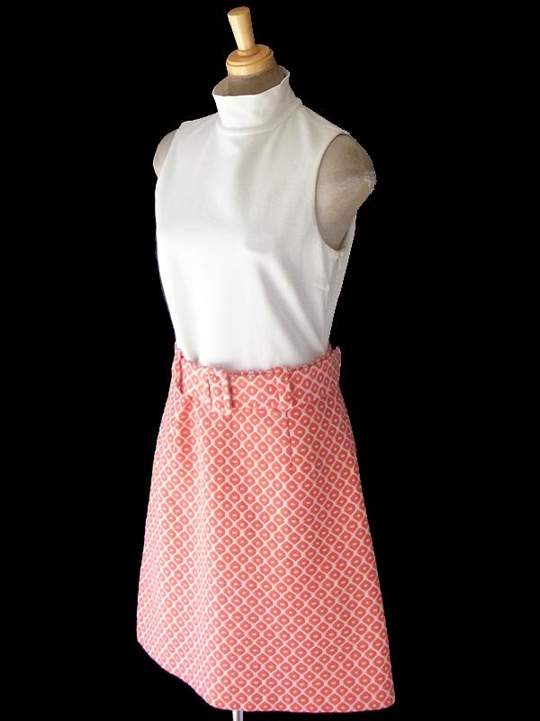 ヨーロッパ古着 ロンドン買い付け 60年代製 ホワイト スタンドカラー X オレンジ レトロ柄刺繍 ベルト付き ワンピース 18OM134