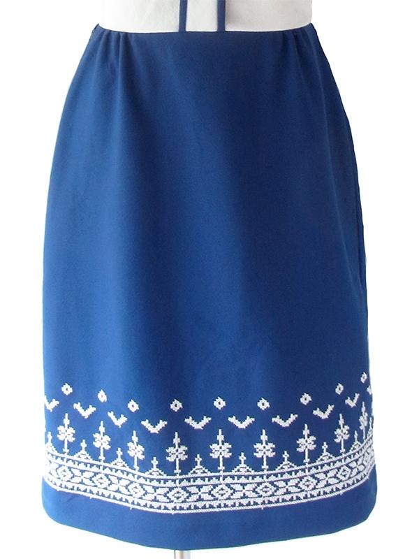 ヨーロッパ古着 ロンドン買い付け 70年代製 ホワイト X ブルー スカート切り返し レトロ柄刺繍 ヴィンテージ ワンピース 18OM338